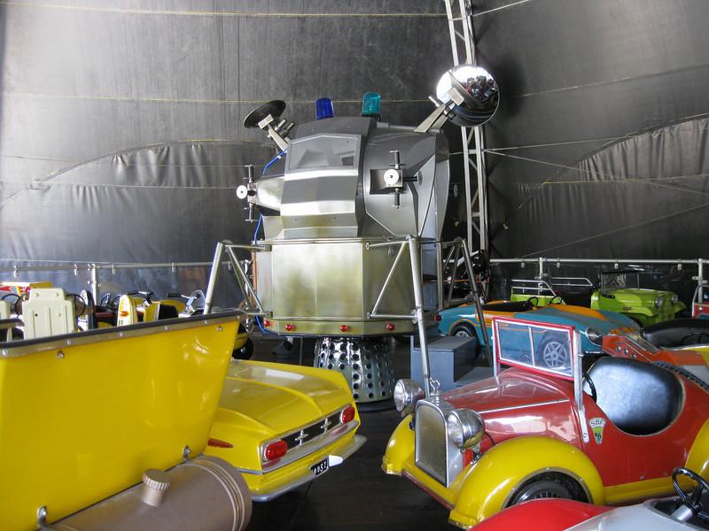 The lunar lander module was reinstalled on Autobahn.