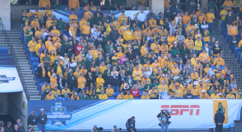 End Zone Crowd 01.jpg