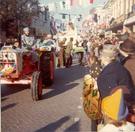 1976_10.jpg