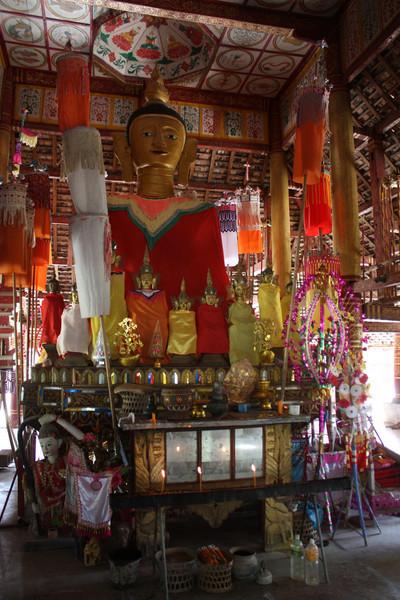 Ganlanba, temple
