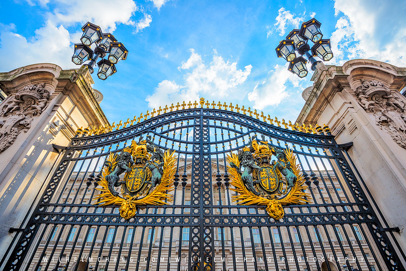 Buckingham-Palace-Gate-Small.jpg