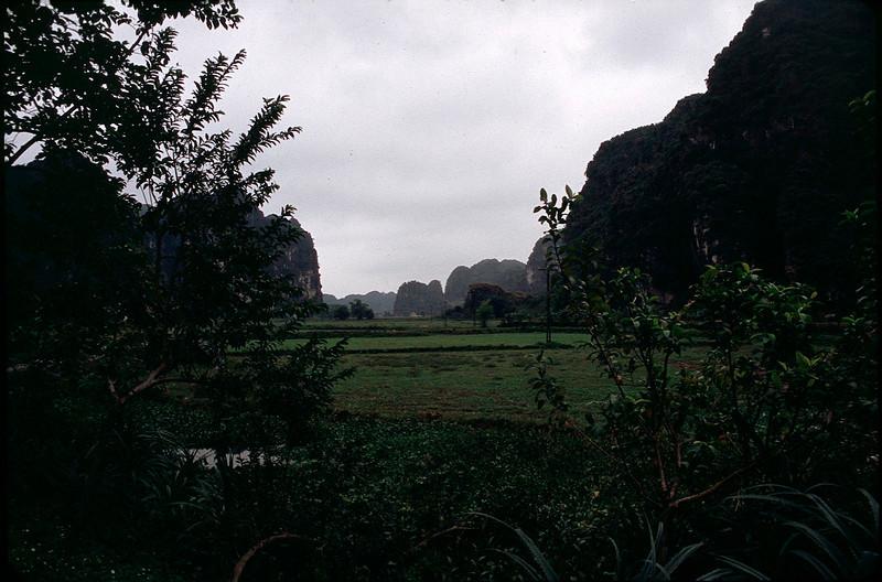 VietnamSingapore1_122.jpg