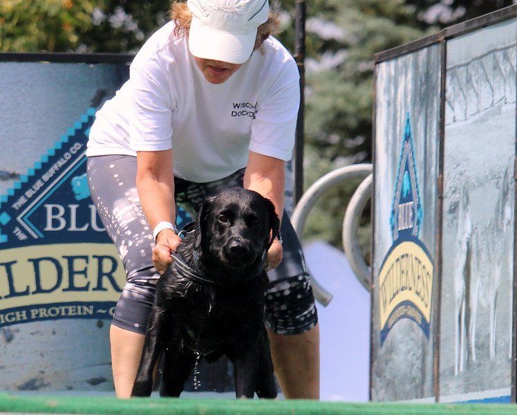 Dock Dogs at Fair-150.JPG