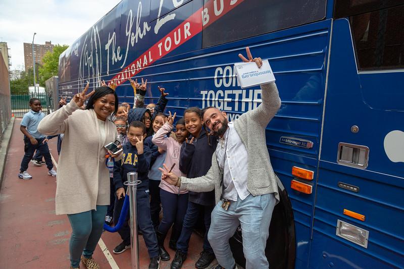 2019_10_11, Bronx, Bus, Exterior, NY, PS25. Tours