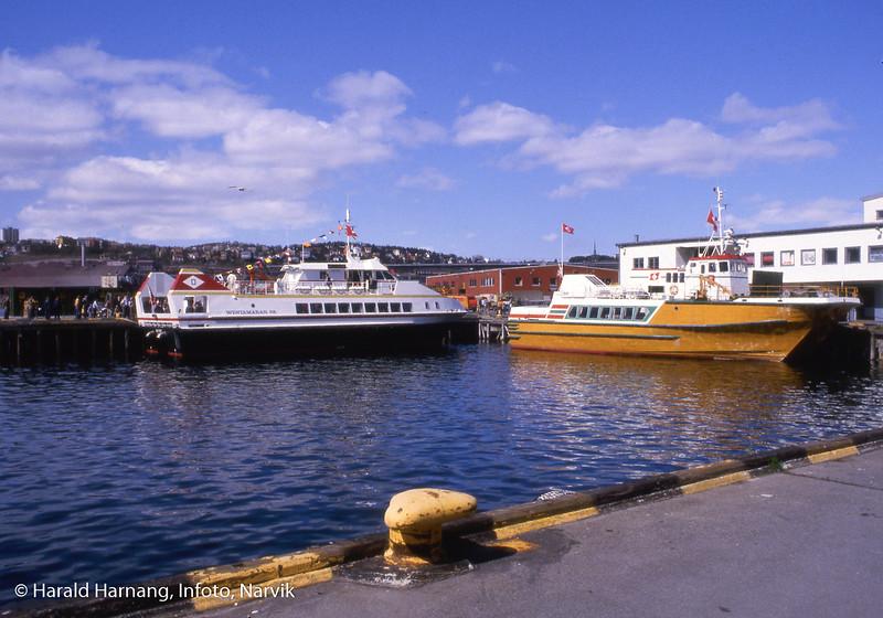Muligens Øydronningen eller Træna til høyre, i det ODS har fått levert sin nye katamaran, med navn Skogøy.