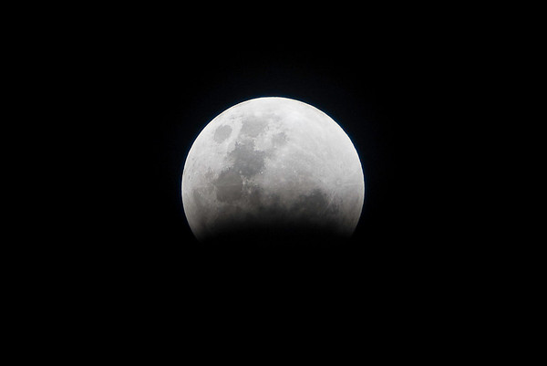 Total Lunar Eclipse from Lac Bay