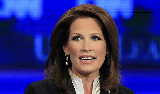 ". 10. (tie) MICHELE BACHMANN  <p>Flirting with 2016 run after consulting with her lone supporter in the mirror. (unranked) </p><p><b><a href=""http://www.twincities.com/politics/ci_26196871/bachmann-president-2016\"" target=\""_blank\""> LINK </a></b> </p><p>    (AP Photo/Jim Cole)</p>"