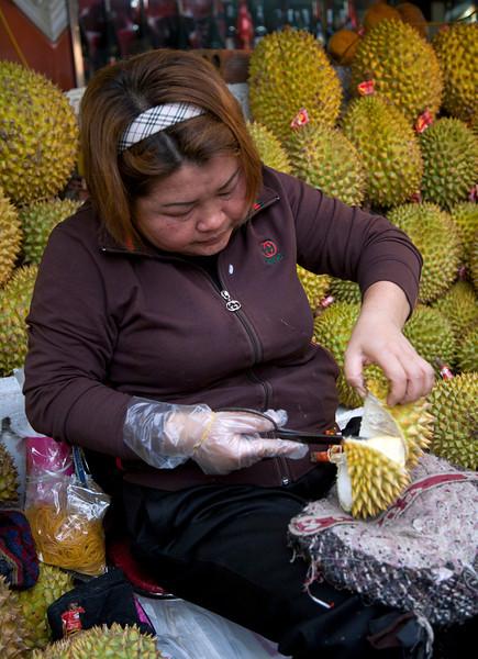 durian_lady.jpg