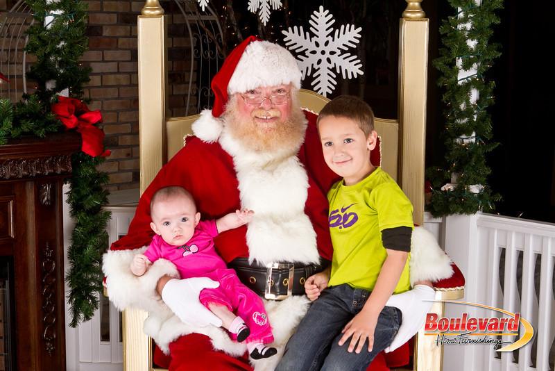 Santa Dec 8-241.jpg