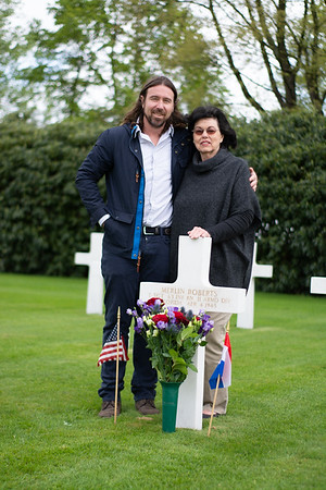 Jacquelin Balch visits father's resting place