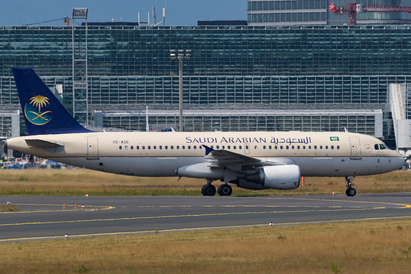 HZ-ASE - Airbus A320-214