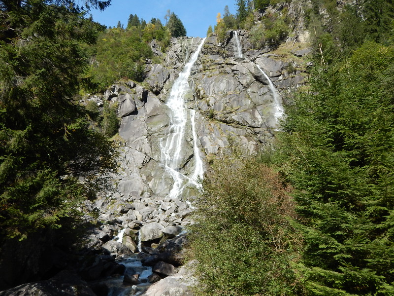 IVB-Nardis-Waterfall.JPG