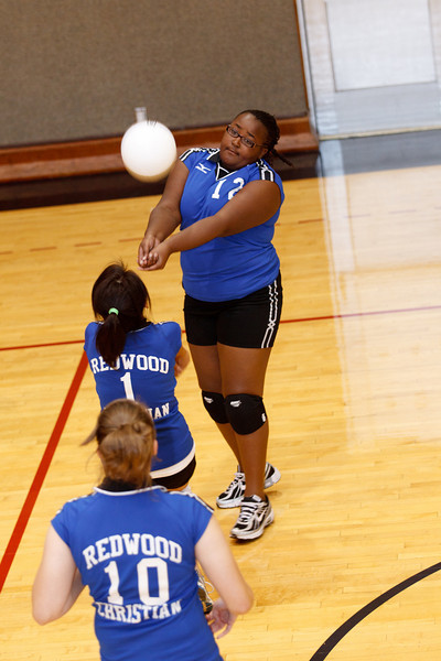 RCS-GirlsJV-VB-Aug2010-010.jpg