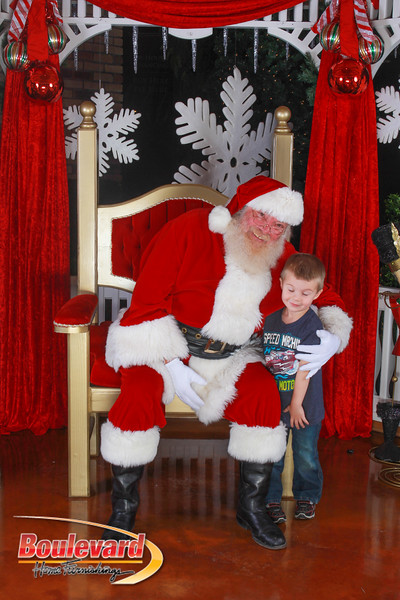 Santa 12-10-16-326.jpg