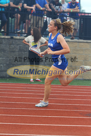 D1 Girls 4x200 Relay - 2013 MHSAA LP Track and Field