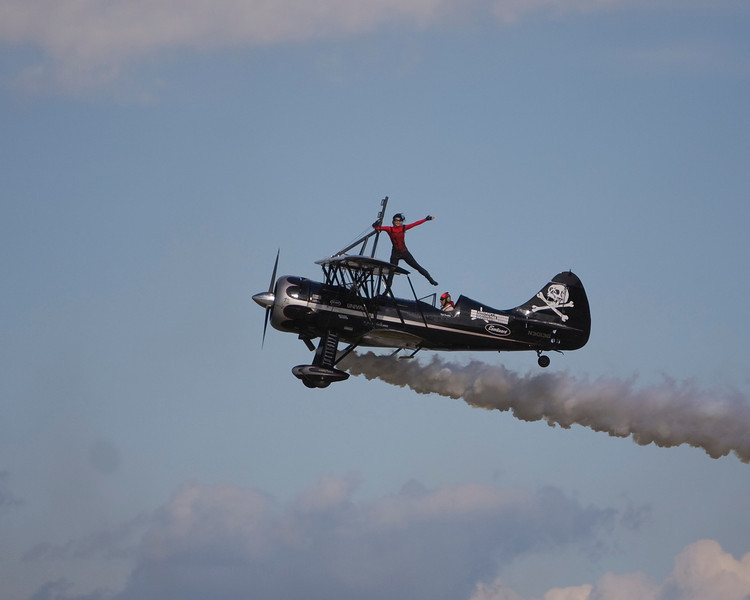 Kyle Franklin and Amanda Younkin-Franklin at EAA AirVenture 2009.