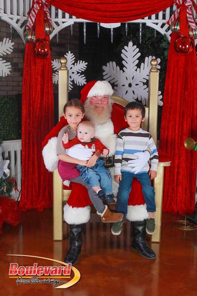 Santa 12-10-16-227.jpg