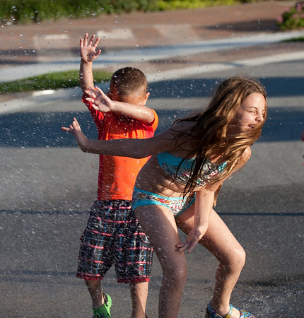 2009-01-11 - Kids outside playing with the hose