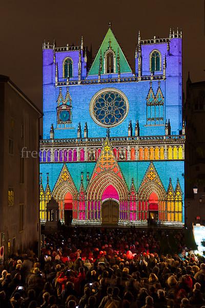 Cathédrale St-Jean lors de la fête des Lumières à Lyon