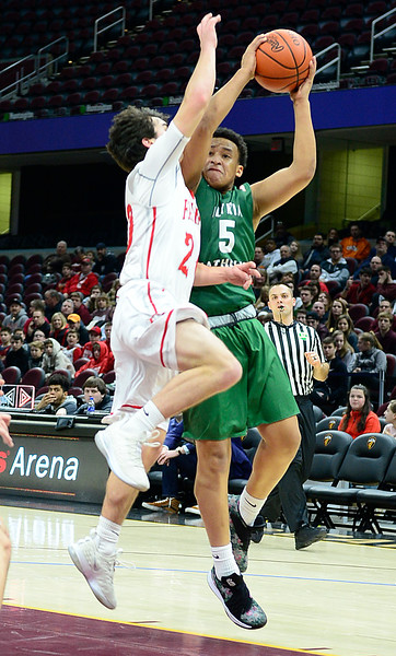 Elyria Catholic falls apart in second half in loss to Fairview