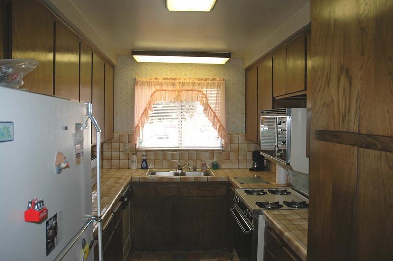 avanti_10449_kitchen.jpg