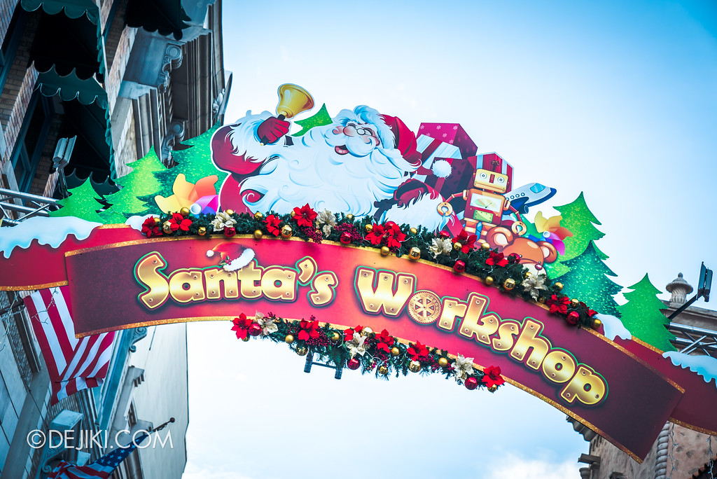 Universal Studios Singapore - A Universal Christmas event 2017 / Santa's Workshop outside