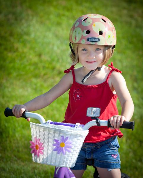 Kate + Twins on bikes
