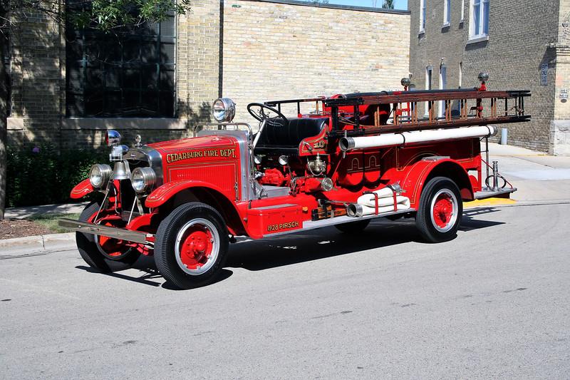 CEDARBURG  ENGINE  1928 PIRSCH.jpg