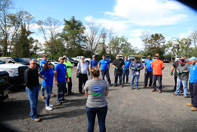 Bay Cleanup by Colonial Pipeline Employees 2017 , Bill McKim Photographer