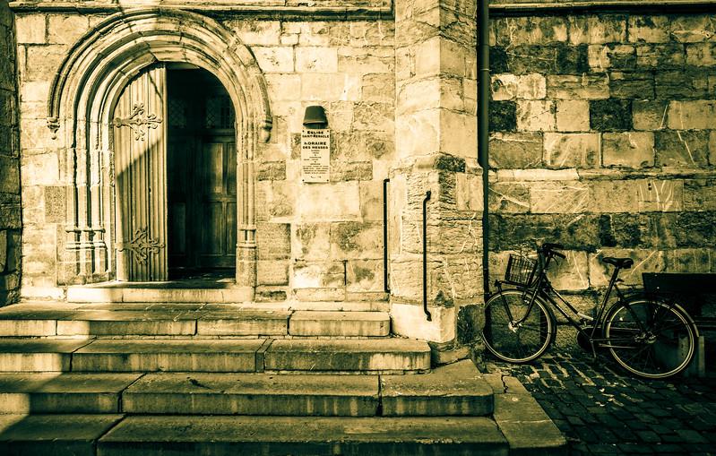 Église Saint-Remacle.
