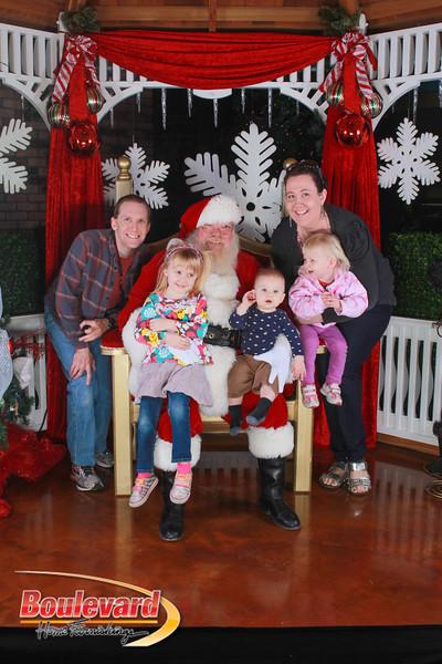 Santa 12-17-16-134.jpg