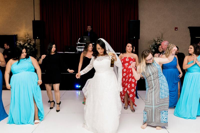 duncan-wedding-orlando-familia-and-crystal-gardens-intrigue-photography-599.jpg