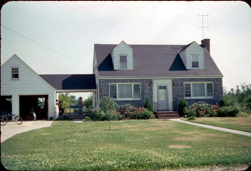 uncle climy's house 2.jpg