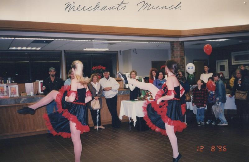 Dance_2328.jpg