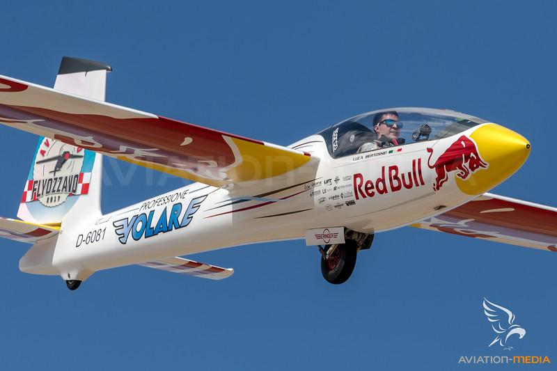 Private / Margañski & Myslowski Swift S-1 / D-6081 / Red Bull Livery