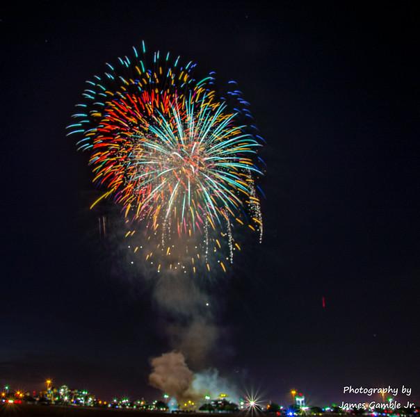 Fourth-of-July-Fireworks-2016-0443.jpg