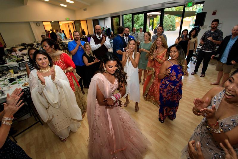 Neelam_and_Matt_Gurdwara_Wedding-1729.jpg
