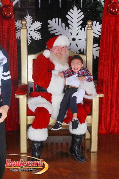 Santa 12-17-16-219.jpg