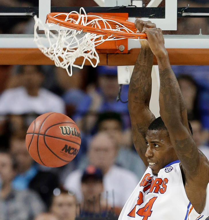 . Florida\'s Casey Prather dunks against Northwestern State during the second half of a second-round game of the NCAA men\'s college basketball tournament Friday, March 22, 2013, in Austin, Texas. Florida won 79-47. (AP Photo/David J. Phillip)
