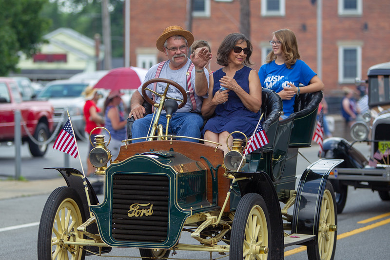Valley City 4th of July parade 2019-2026.jpg
