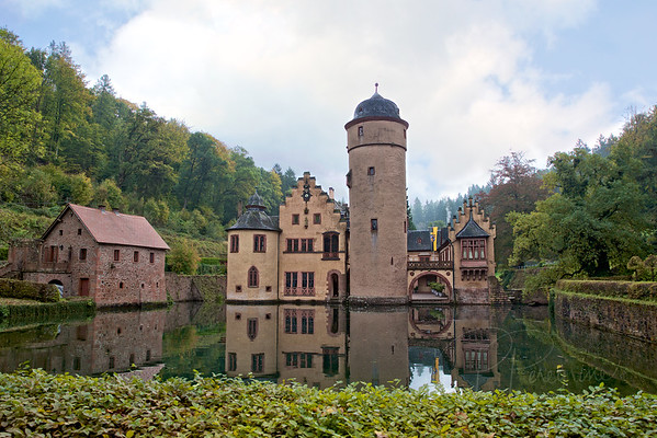 MODERN ARISTOCRACY-GERMANY