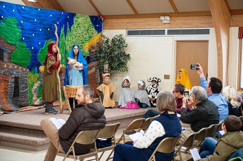 20191209 Faith Children Advent Family Gathering-8006.jpg