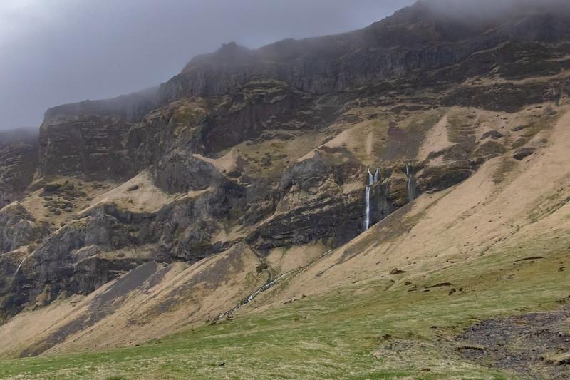 Iceland Roadside Falls-5097.jpg