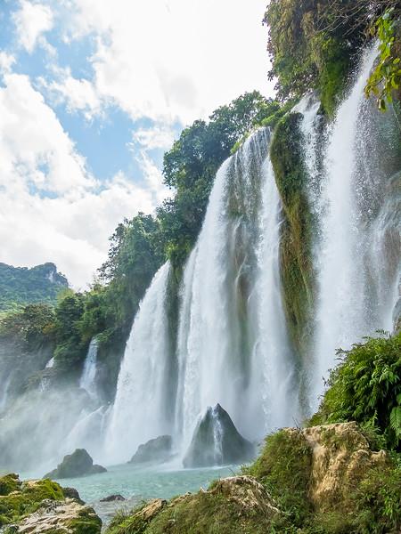 Vietnam Ban Gioc Falls_P1120792.jpg
