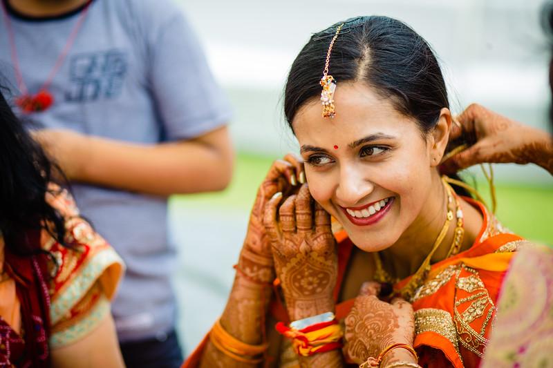Candid Wedding Photographer Ahmedabad-1-133.jpg