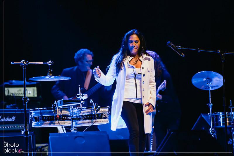 20140208_20140208_Elevate-Oakland-1st-Benefit-Concert-525_Edit_pb.JPG