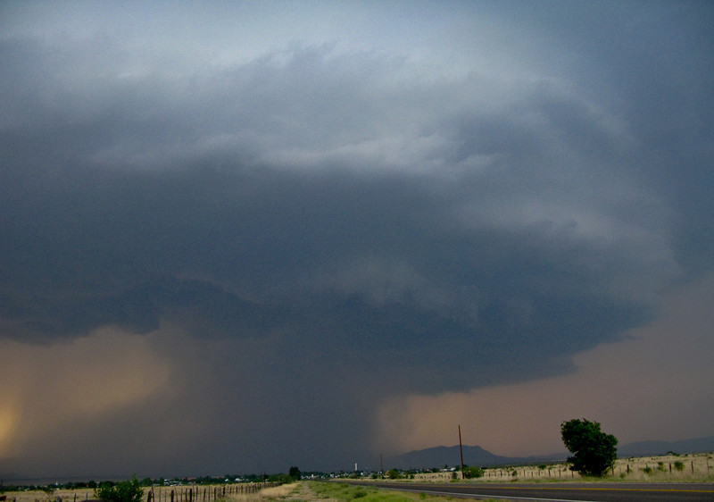 5/10/2009 - Supercell Looking west towards Marathon, TX