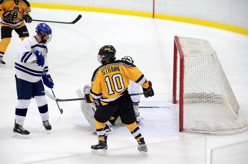 141004 Jr. Bruins vs. Boston Bulldogs-124.JPG