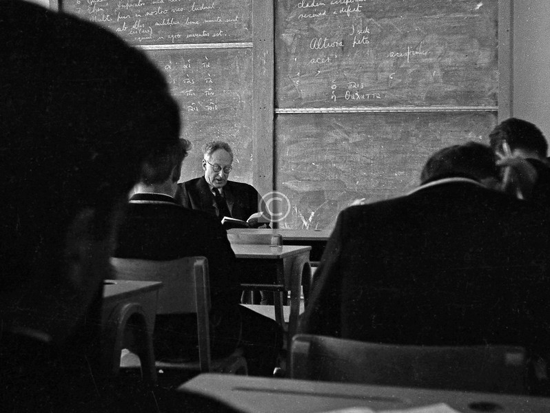 I darkened the Hutchie portals for 8 years, 1956/57 - 63/64, one of the last Primary intake to the old school in Crown St. and among the first to attend the new one at Crossmyloof a year later.These classroom photos were taken guerrilla-style with a Halina 35X, during the slack dies caniculares between the Highers and a keenly anticipated leaving-day.  The first 6 are from R. F. Eadie's Greek class (we would have passed the οἱ αἱ τὰ     stage some years previously though). Bob Eadie wore a mantle of crustiness and severity, but from time to time it would slip aside and display his essential kindliness.  I will attempt to identify my class-mates where possible, and apologise if I get any names wrong - it was a very long time ago.Jack Silverstone, Ken Sigrist
