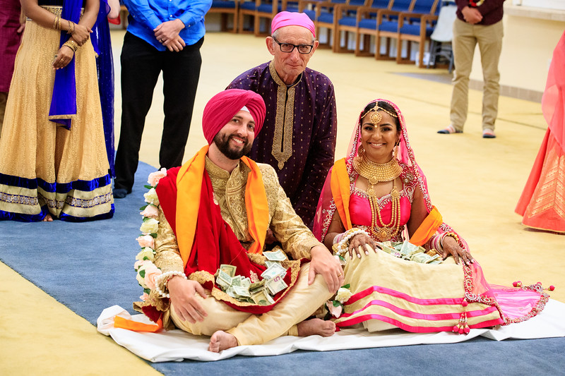 Neelam_and_Matt_Gurdwara_Wedding-1529.jpg